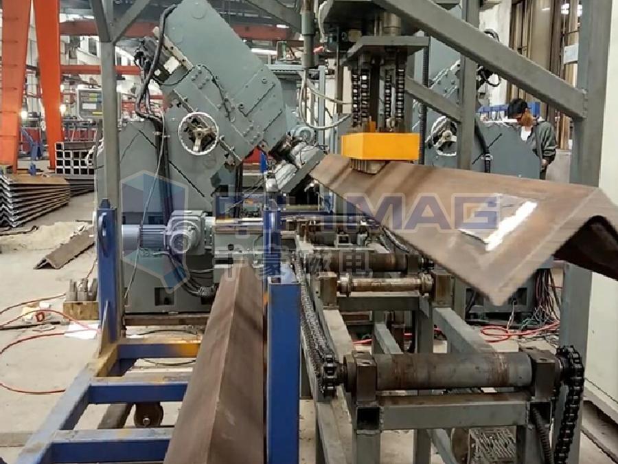 搬运宽厚角钢,电永磁起重器,工装自动化电永磁夹具
