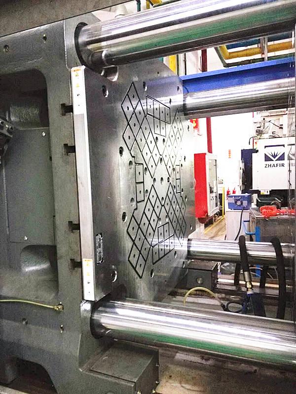注塑机快速换模系统磁力模板
