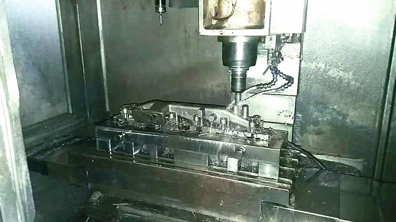 汽车发动机零件加工电永磁吸盘|湖南千豪磁电