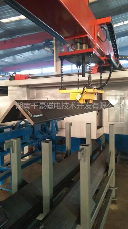 工装自动化电永磁搬运宽厚角钢(电永磁起重器)