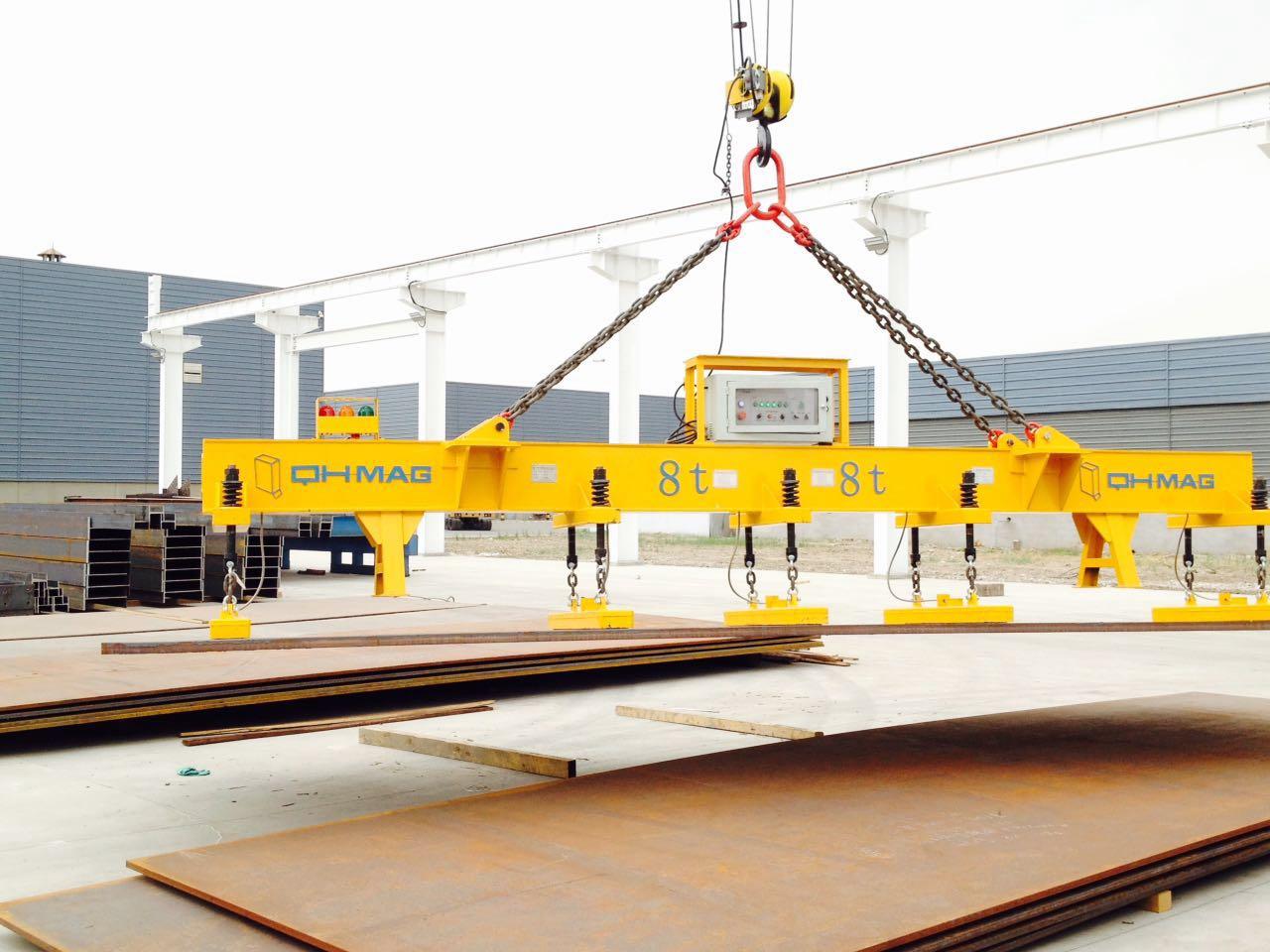 船舶钢铁厂电永磁吊运钢板